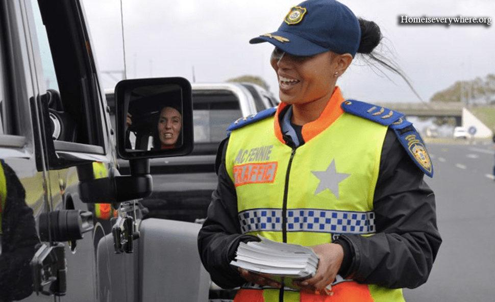 13. Die südafrikanische Polizei, dein Freund und Helfer